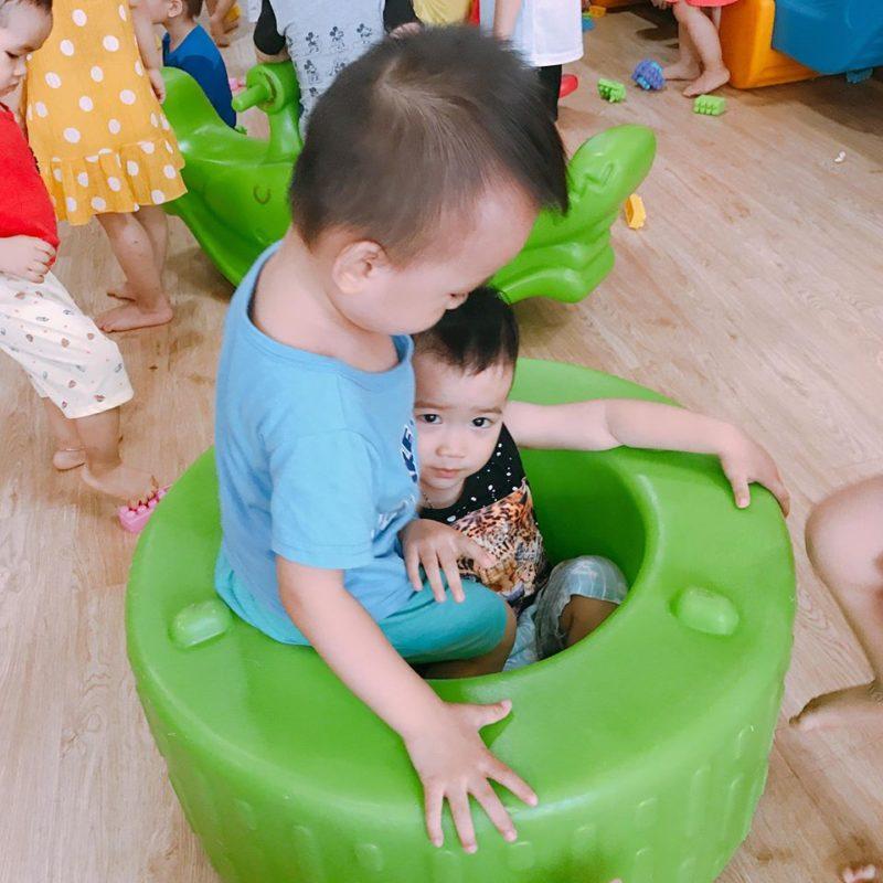 tinh yeu thuong 3 800x800 - Làm sao để con cảm nhận được tình yêu thương của bố mẹ đúng cách?
